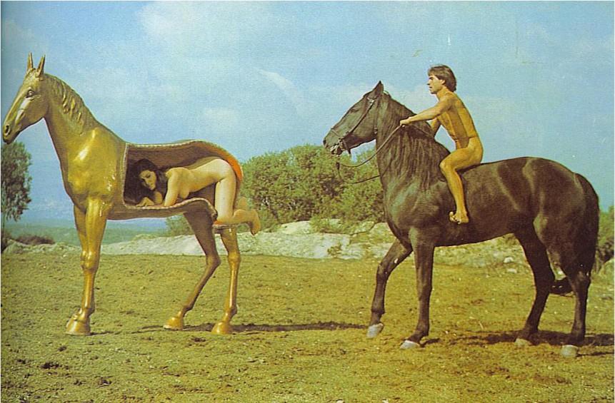 фильм про коня порно фото